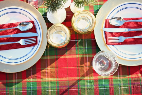 plaidchristmastablecloth
